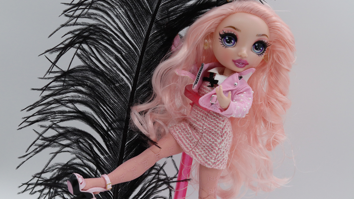 Winactie: Rainbow High Fashion Doll – Bella Parker