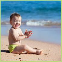 Baby in de zon, maar hoe bescherm je hem?
