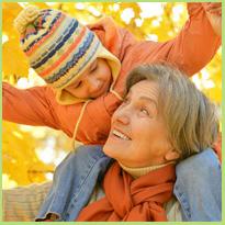 Oudere moeders vechten tegen deze vooroordelen. Hoe denk jij erover?