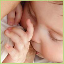 Het regelen van de melkproductie. Hoe loopt de borstvoeding lekker door?