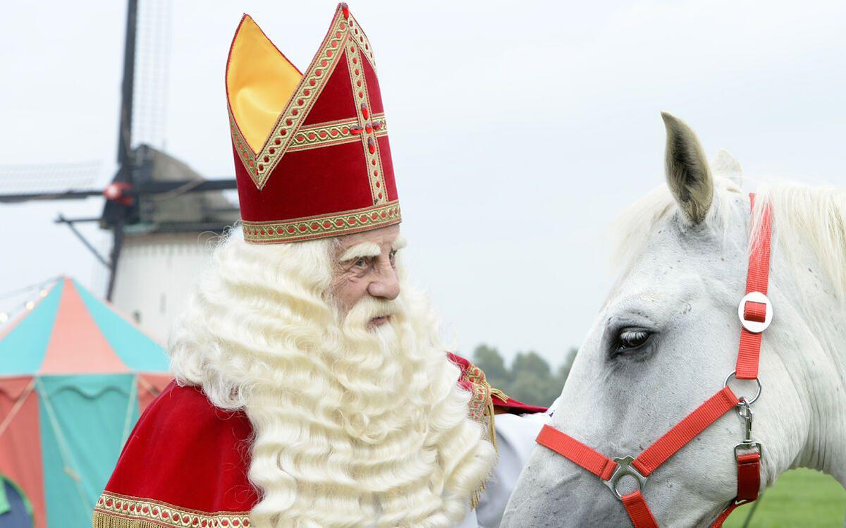 De Grote Sinterklaasfilm: Trammelant in Spanje