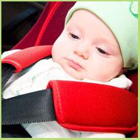 Goedgekeurde autostoeltjes. Kinderen in de auto, wat zegt de wet?