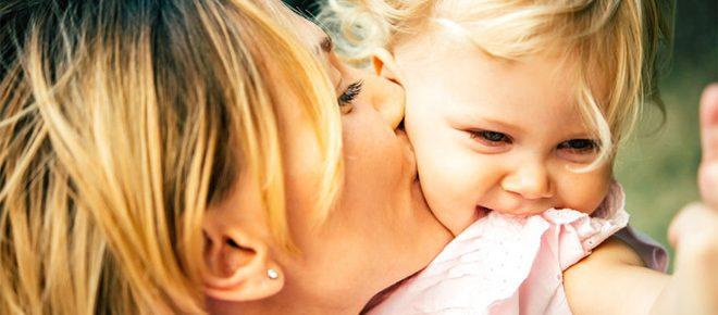 Moeders - Leggen we de lat te hoog?