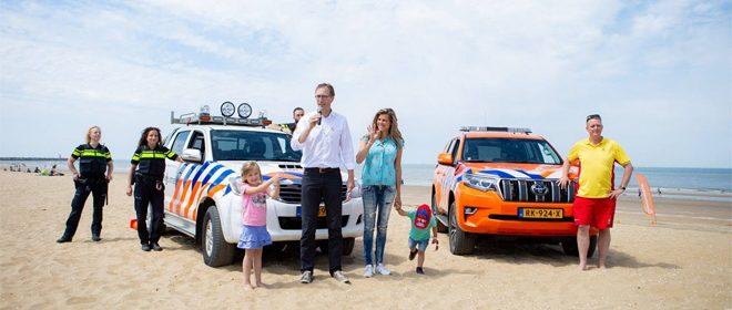 Paw Patrol stranddag - Uitreiking van het eerste SOS strandbandje