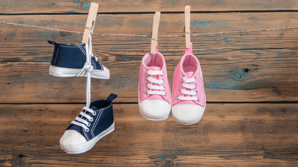 Check de 7 alarmbellen van te kleine schoenen!