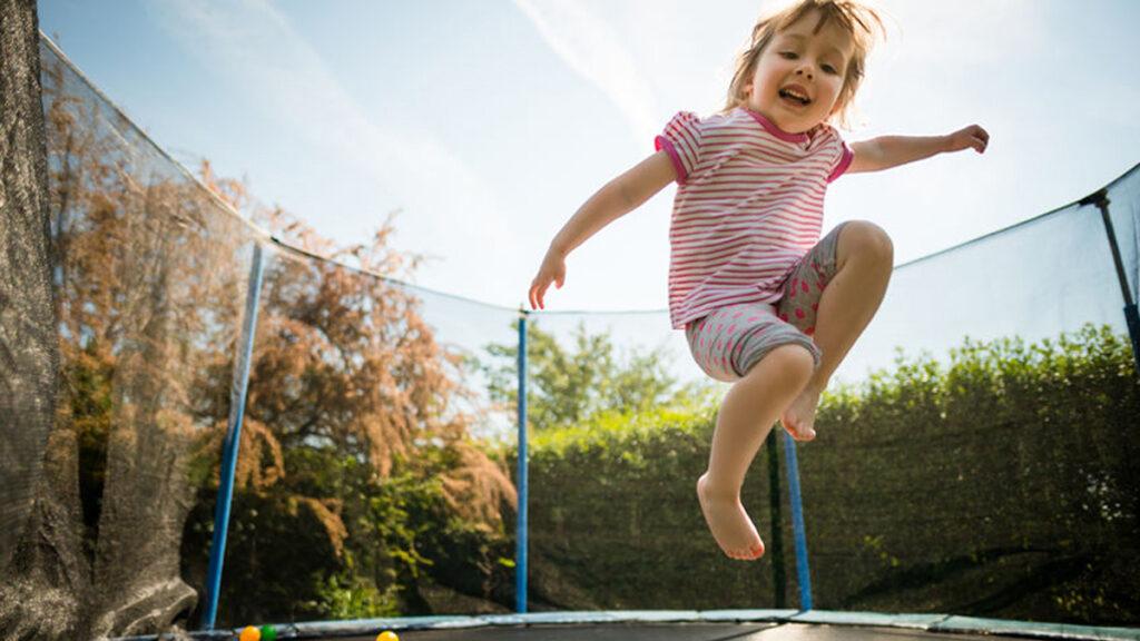 Houd je kind gezond door een trampoline