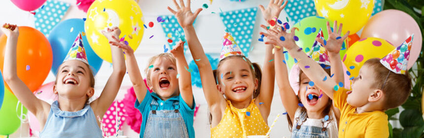 Kinderfeestje: Praktische tips voor een hippe uitnodiging