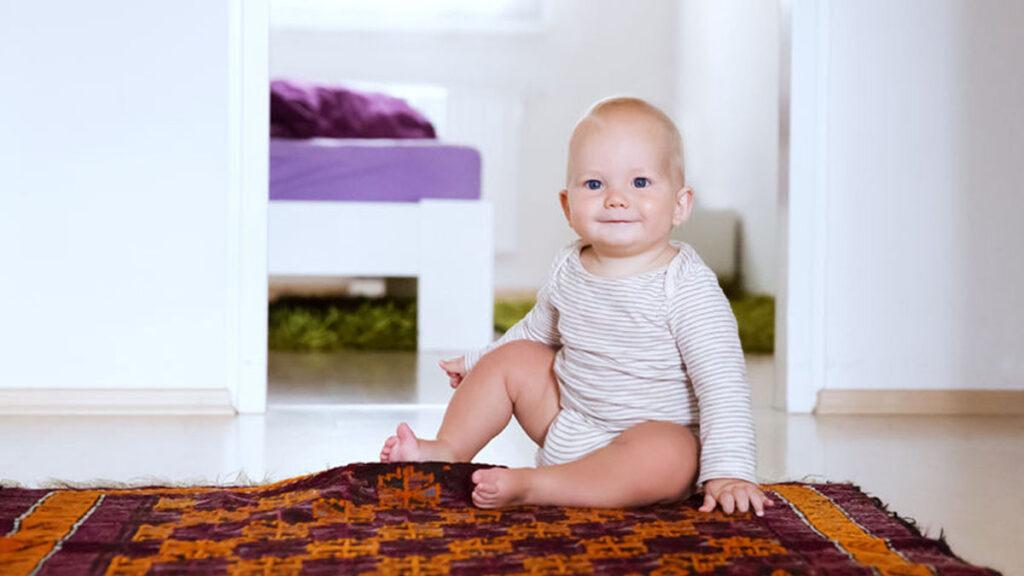 Ontwikkeling baby in maand 8