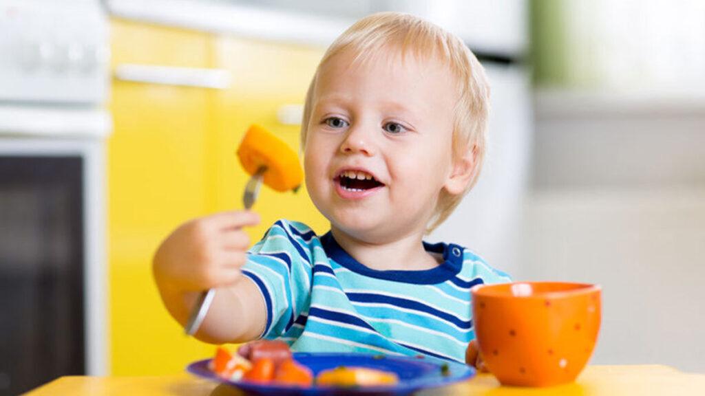 Peutervoeding: Wat is gezonde voeding voor je peuter?