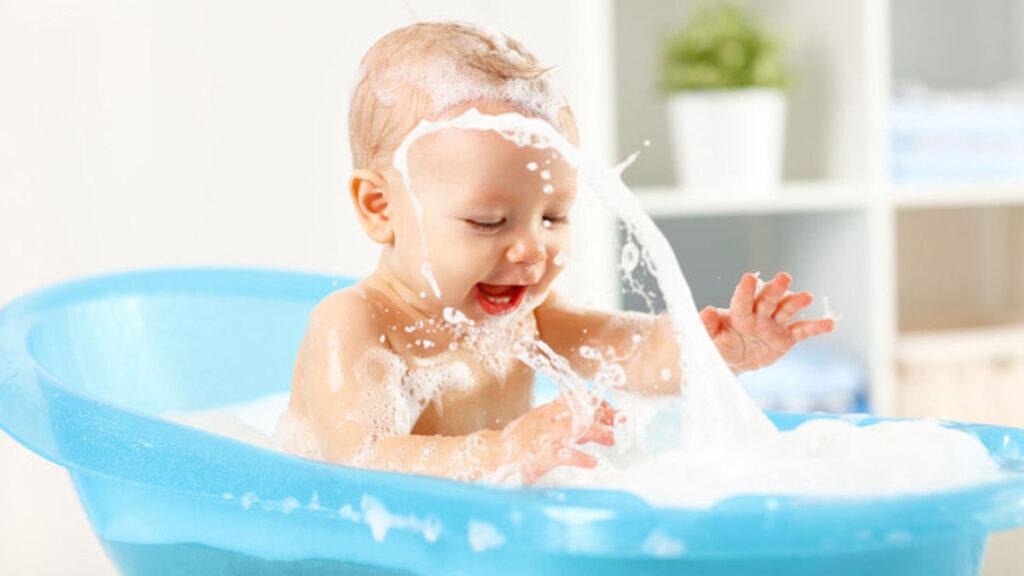 Baby in bad - Waar let je op?