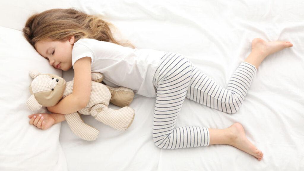 Wat zijn normale bedtijden op verschillende leeftijden