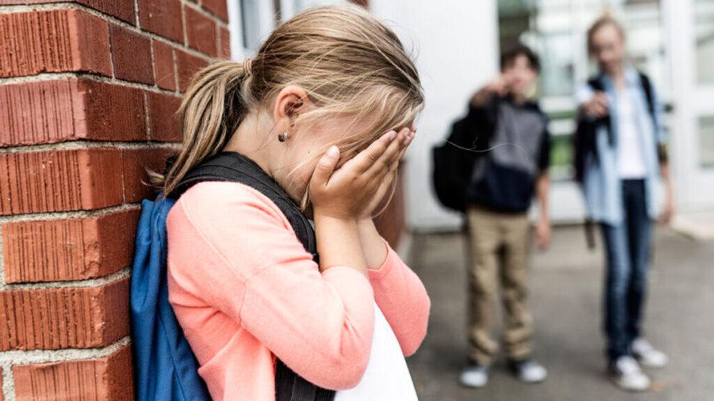 Pesten: Wordt je kind gepest op school? Gebruik deze tips!