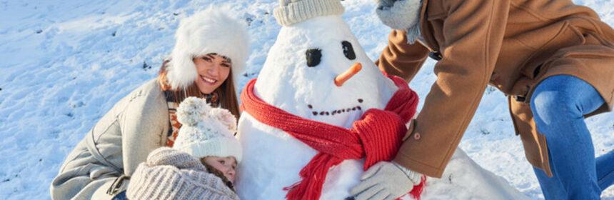 Winterwonderland. Spelen in de sneeuw!